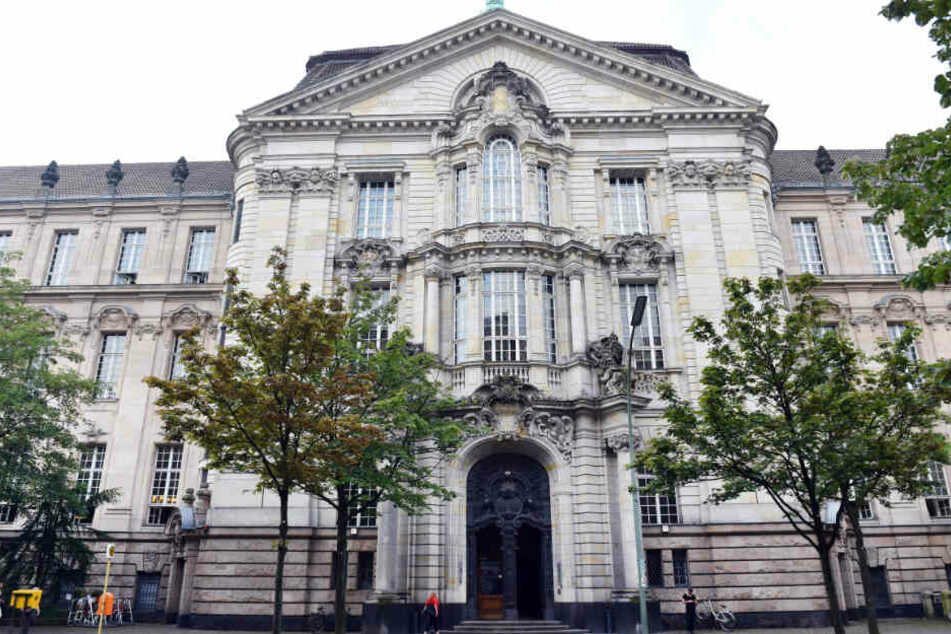 Das neubarocke Gebäude vom Kriminalgericht Moabit.