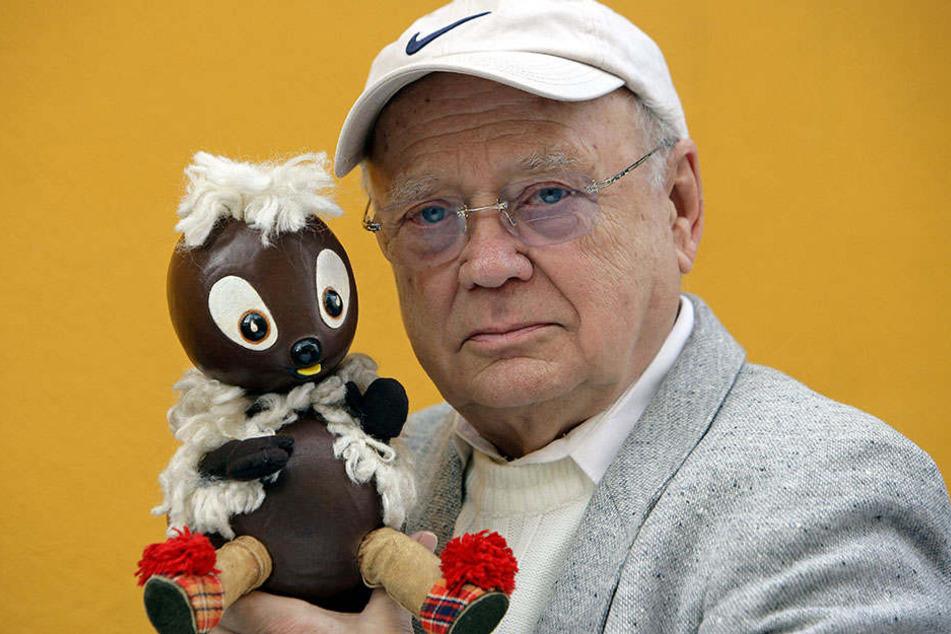 Der kleine Kobold Pittiplatsch zusammen mit seinem Sprecher Heinz Schröder († 2009),