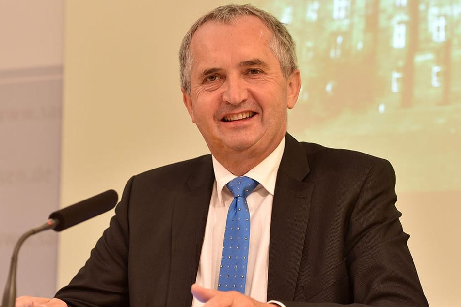 Umweltminister Thomas Schmidt begrüßt am Montag die Delegation aus dem Iran.