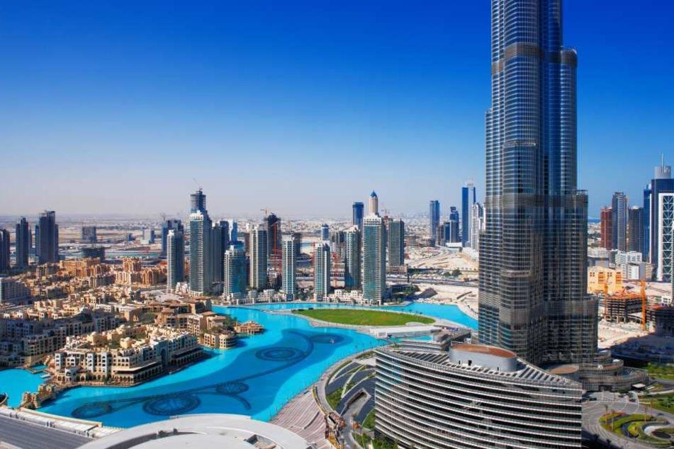 In Dubai wurde eine 51-Jährige von einem Mann vergewaltigt.