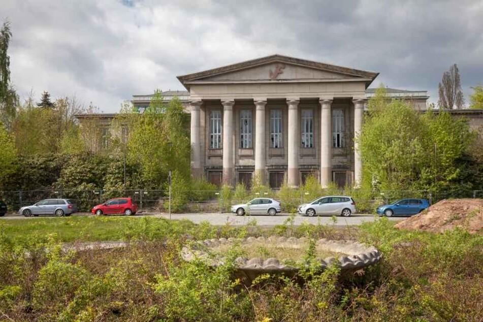"""Der Rabensteiner Kulturpalast ist in diesem Jahr Mittelpunkt der """"Begehungen""""."""