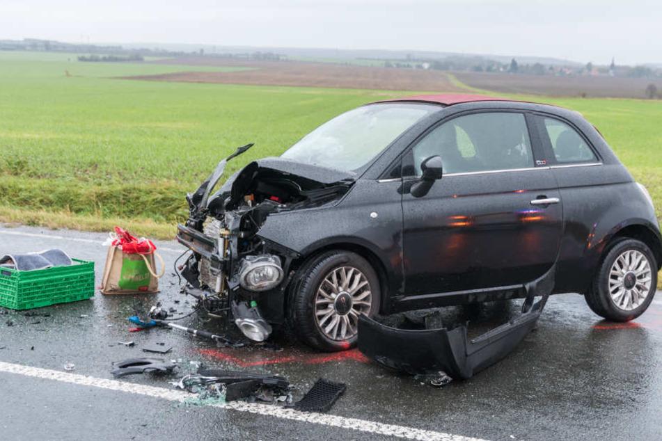 Auch die Fahrerin des Fiat kam schwer verletzt in ein Krankenhaus.
