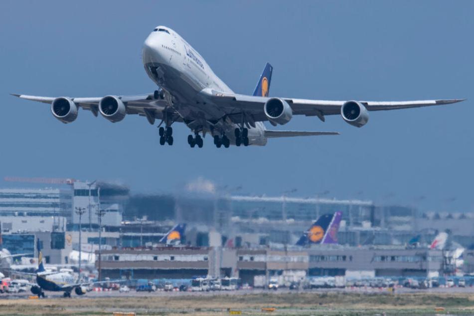 Sturmtief Bennet stellt Flug-Verkehr in Frankfurt auf den Kopf