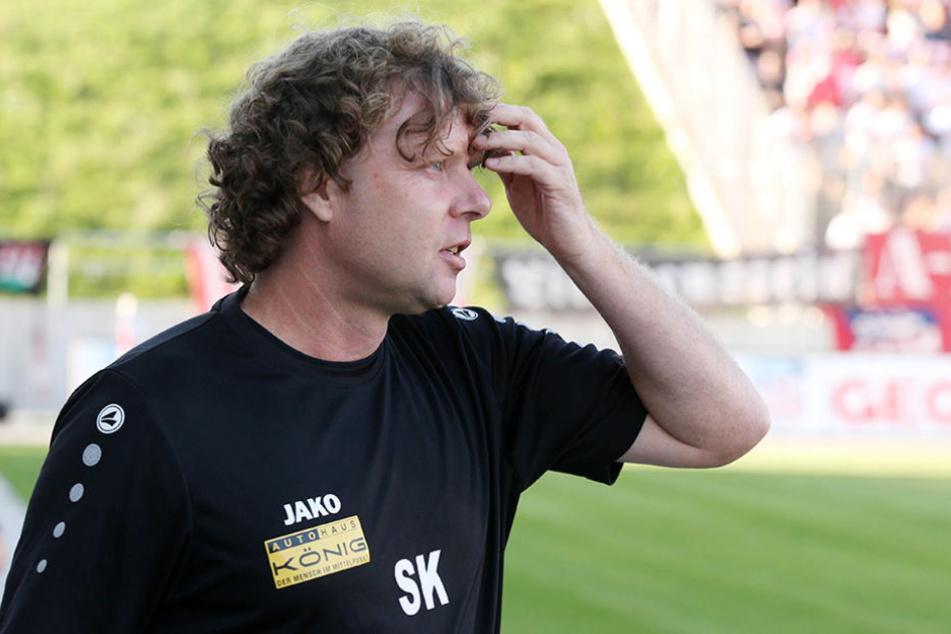 Erfurts Trainer Stefan Krämer raufte sich zwischenzeitlich die Haare.
