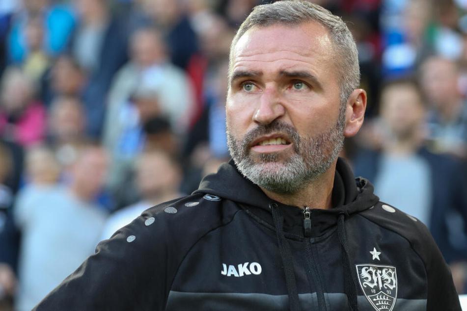 VfB Stuttgart-Cheftrainer Tim Walter hat nach drei Niederlagen in Serie viel Arbeit mit seiner Mannschaft.