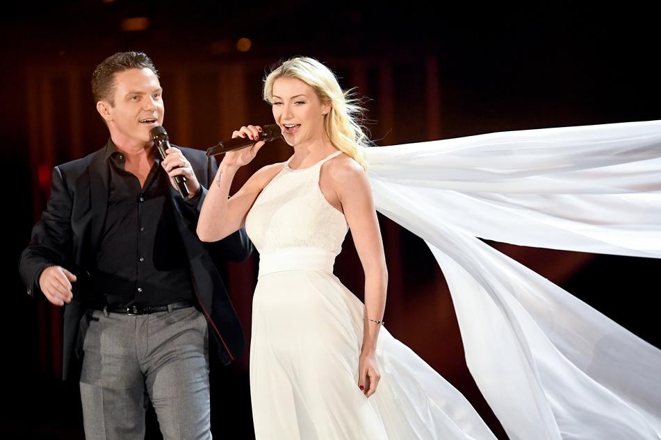 Stefan Mross (44) und Anna-Carina Woitschack (27) werden bald nicht mehr nur zusammen singen, sondern auch moderieren.