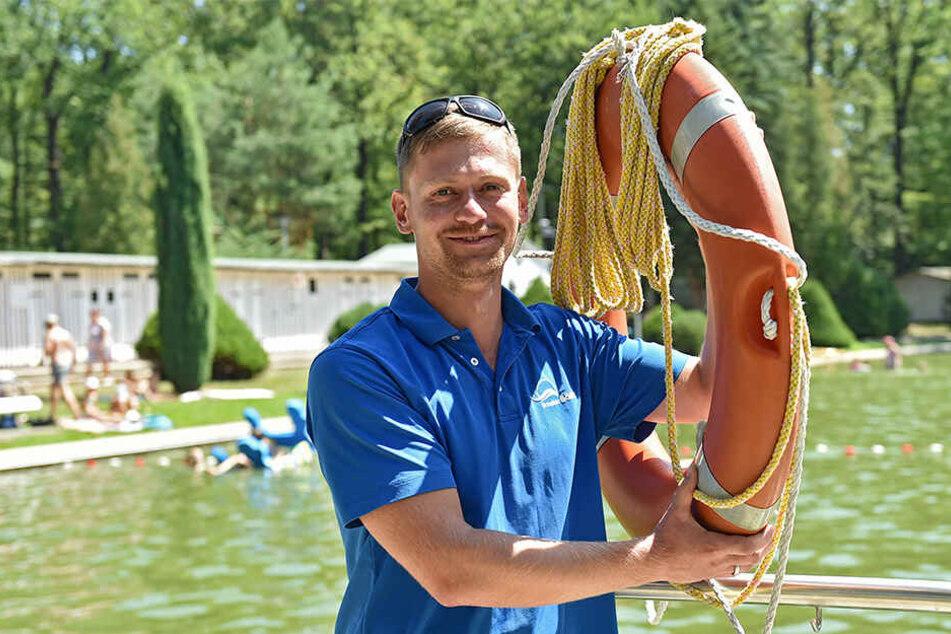 Hält das Langebrücker Waldbad in Schuss: Badleiter Stefan Richter.