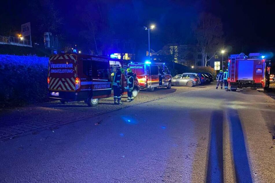 Die Feuerwehr rückte am Freitagmorgen zum Erzgebirgsklinikum in Annaberg aus.