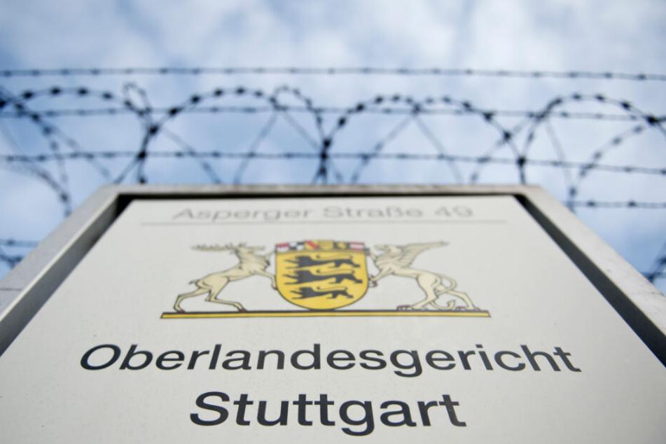 Das Verfahren findet vor dem Oberlandesgericht Stuttgart statt.