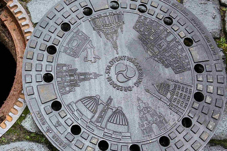 Diese Dresden-Motive zieren ab sofort ausgewählte Gullys in der Innenstadt.