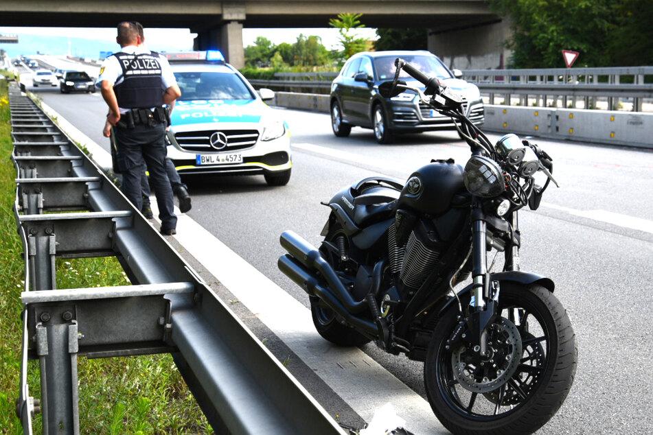 Schwerer Motorrad-Unfall auf A 656: Hubschrauber im Einsatz