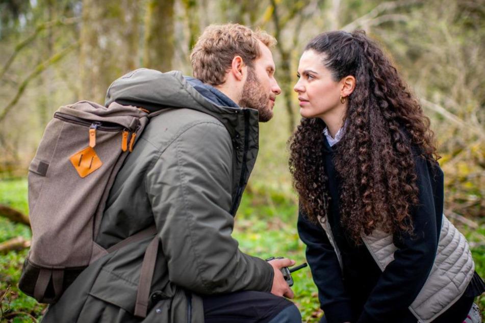Gibt Shirin (Merve Çakir) ihren Gefühlen für Florian (Arne Löber) nach?