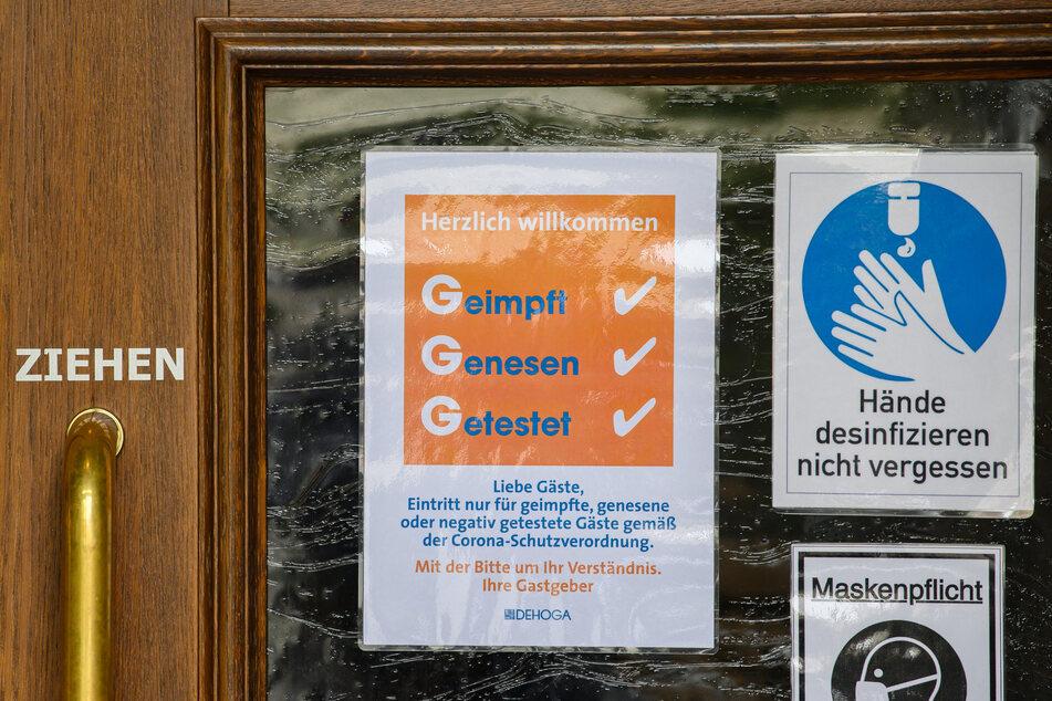 3G-Regeln sind bereits weit verbreitet. Künftig soll in Sachsen aber auch verstärkt auf 2G gesetzt werden können. (Symbolbild)