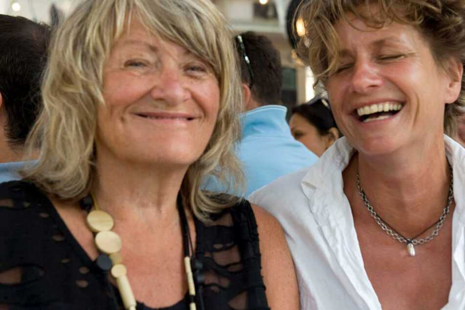 Alice Schwarzer hat ihre Lebensgefährtin Bettina Flitner geheiratet.