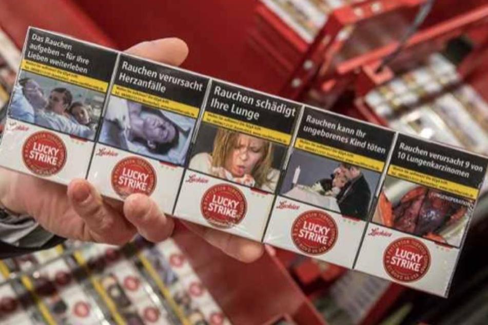 2000 Zigarettenpackungen und mehrere Stangen haben am Dienstagmorgen im Laden gefehlt. (Symbolbild)