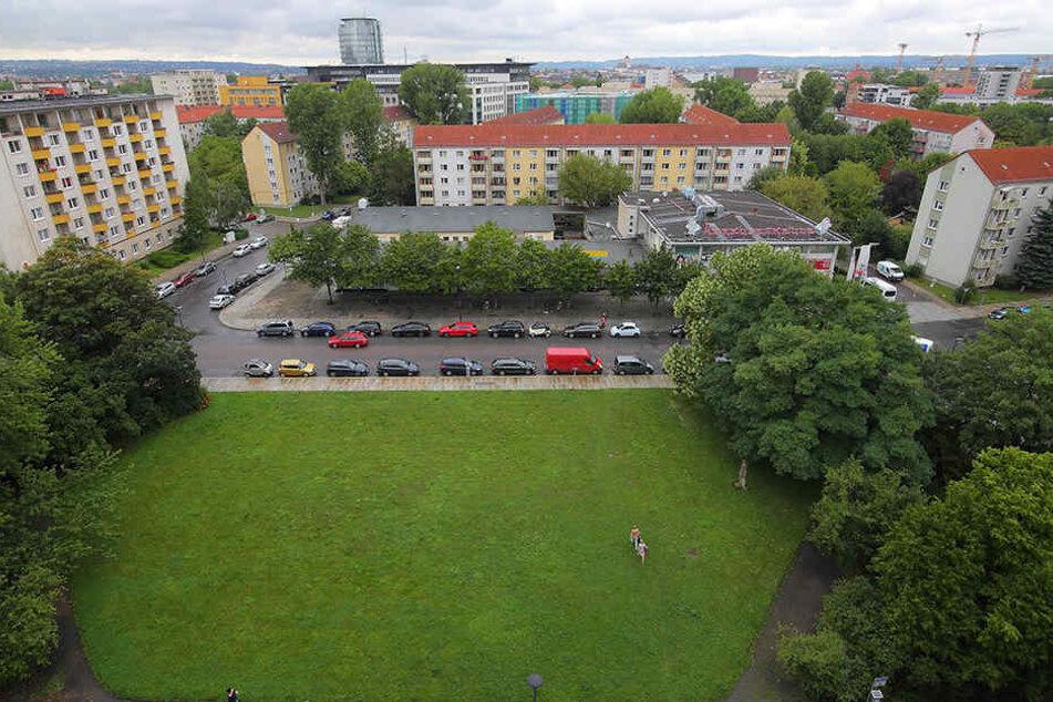 Momentan ist die Fläche gegenüber der ehemaligen Herkuleskeule eher ein einfacher Park.