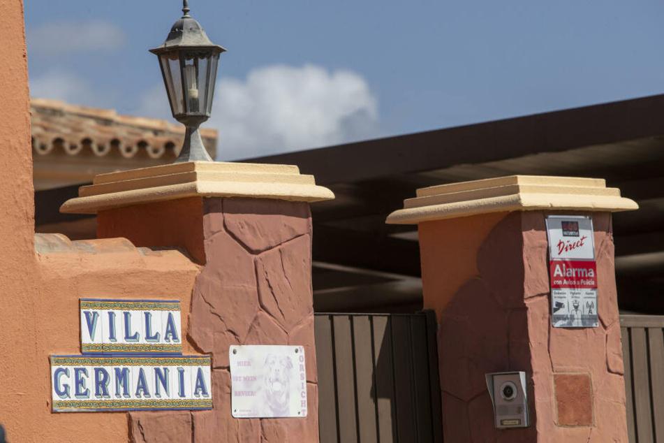 """Der Eingangsbereich des """"Horrorheims"""" im Süden Spaniens."""