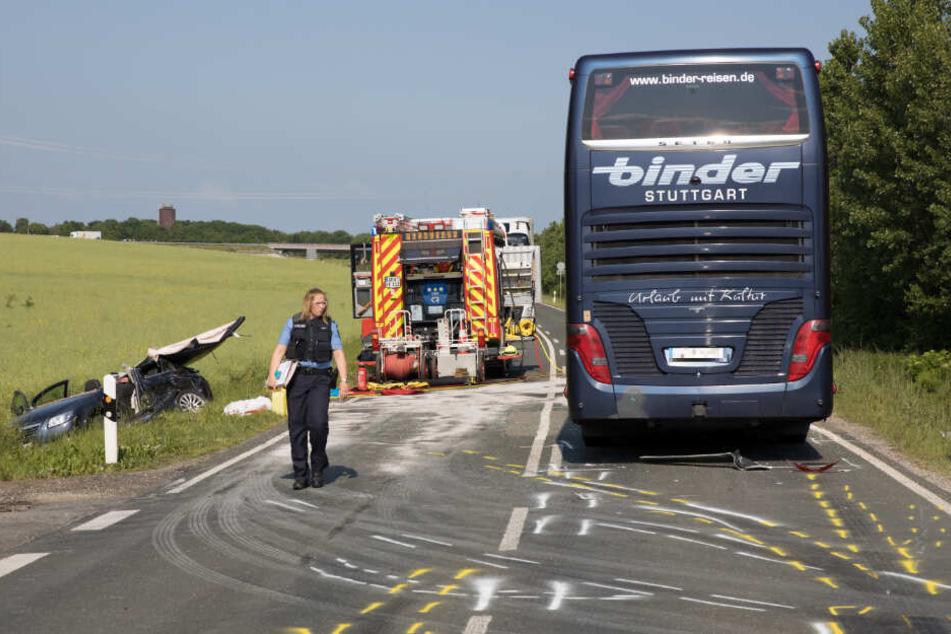 In dem Bus saßen nach Angaben der Stuttgarter Polizei Schulkinder aus Stuttgart.