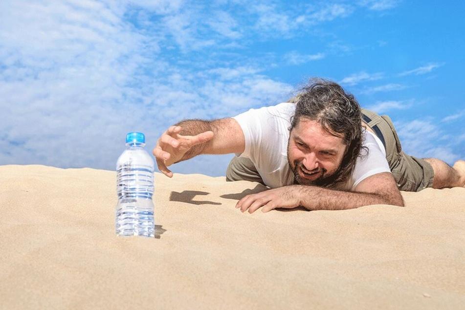 Wasser sollte man immer griffbereit haben, wenn Deutschland demnächst wieder zur Wüste wird.