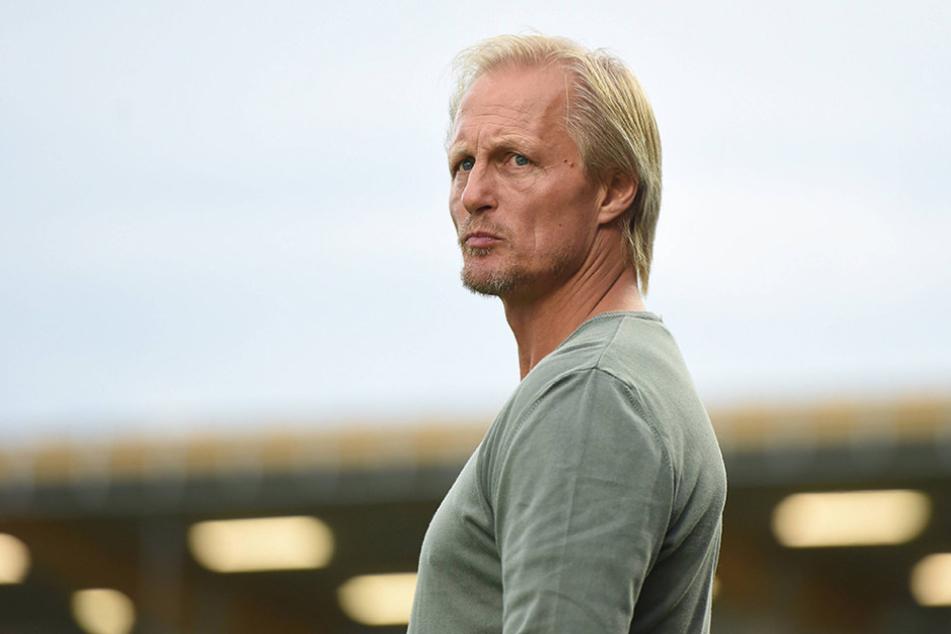 Ex-Bundesliga-Profi Jörn Andersen, Trainer an der Fußball-Akademie, sieht Korea noch nicht an der Spitze des Weltfußballs.