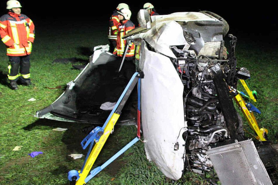 In Bayern ist es auf der Bundesstraße 470 zu einem schweren Unfall gekommen.