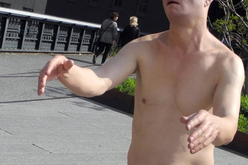Der Mann war fast komplett nackt unterwegs. (Symbolbild)
