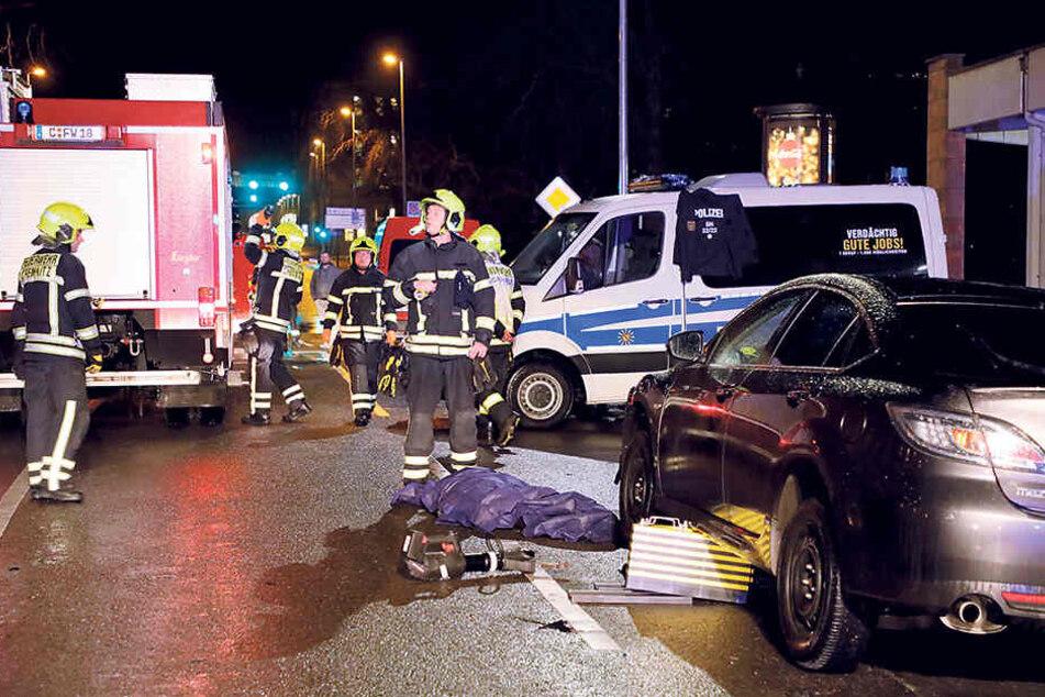 Erst 20 Jahre jung war die Frau, die im Dezember nach einem Unfall auf der Chemnitzer Georgstraße verstarb. Auch hier gab es eine Unfallflucht.