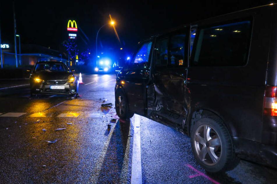 Kurz nach der McDonald's-Ausfahrt stießen die beiden Wagen zusammen.