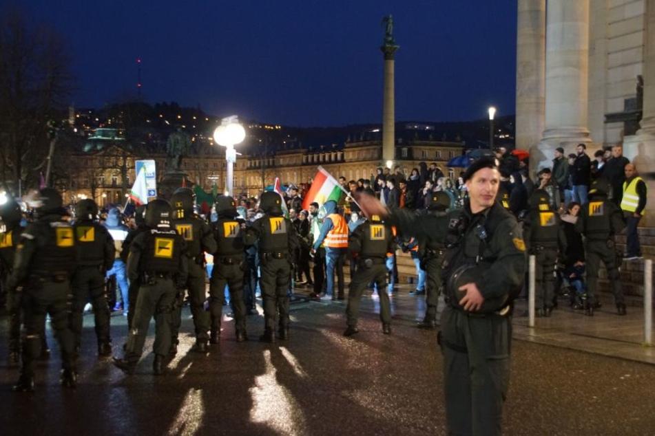 Bis zu 400 Menschen bei Kurden-Demo in Saarbrücken