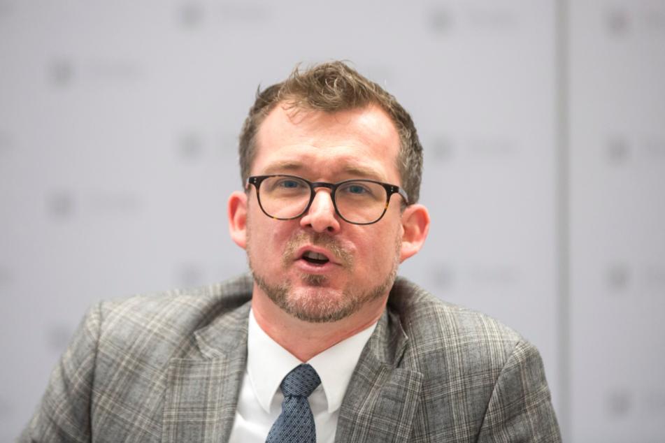 Verkehrsbürgermeister Raoul Schmidt-Lamontain (43).