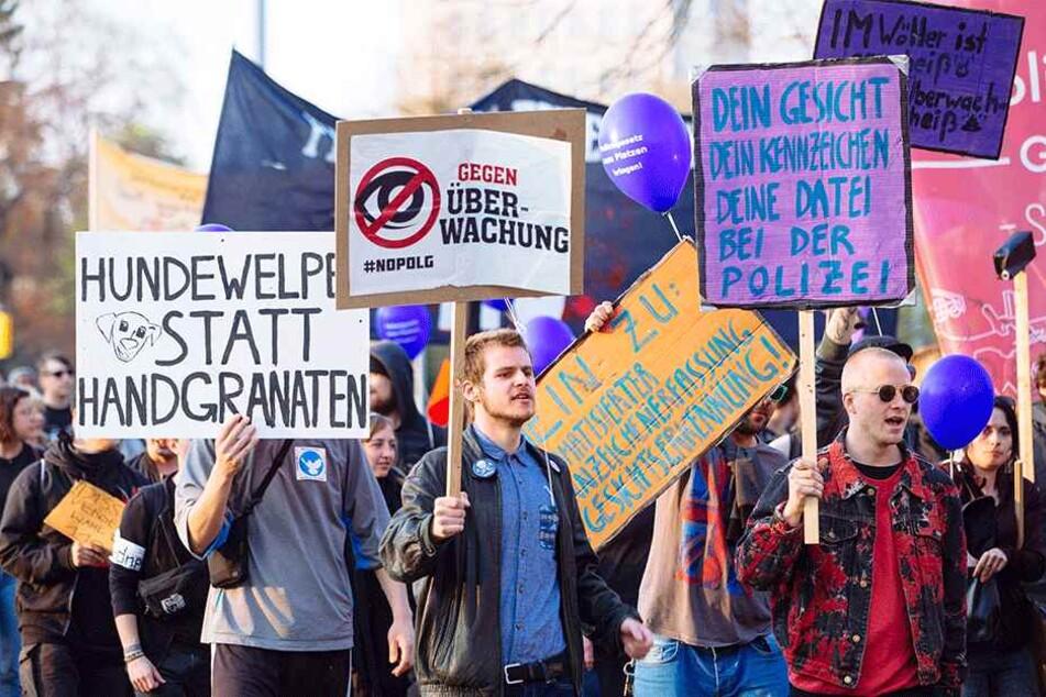 Gegen das Polizeigesetz gab es massive Proteste, wie hier in Dresden.