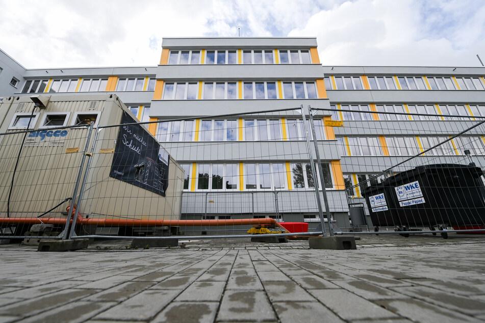 Auch die Georg-Christoph-Lichtenberg-Schule in Leipzig-Grünau wird derzeit saniert.