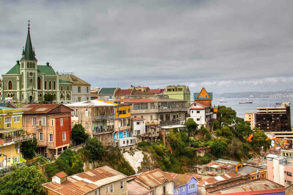 Ausflug ins Weltkulturerbe: Valparaiso ist für seine bunten Häuschen auf Hügeln berühmt.
