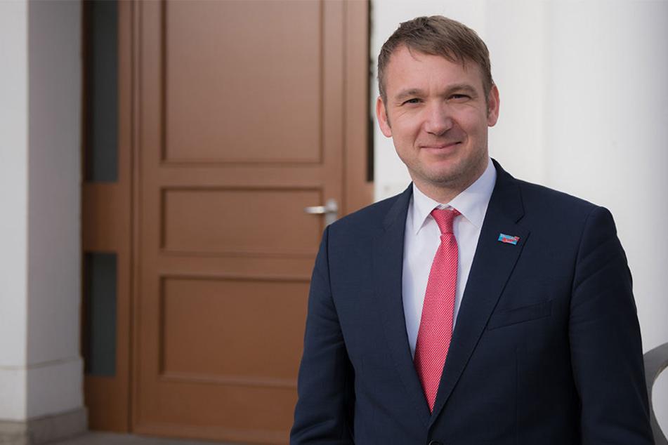 Der AfD-Landesvorsitzende von Sachsen-Anhalt wurde auf der Meile der demokratie bespuckt.