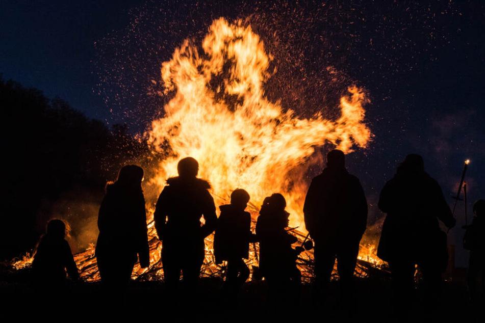 Viele sächsische Gemeinden, darunter Taucha, haben das Osterfeuer bereits abgesagt.