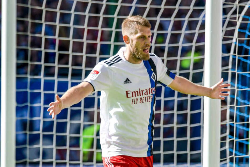 Kapitän Aaron Hunt jubelt über einen seiner drei Saisontreffer.