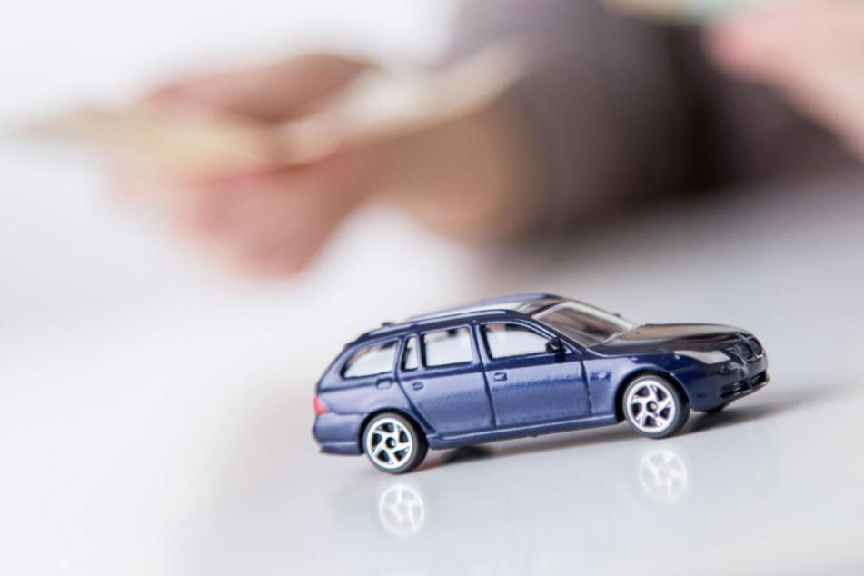 Die Kfz-Versicherer kämpfen auch in diesem Jahr wieder um Neukunden. (Symbolbild)