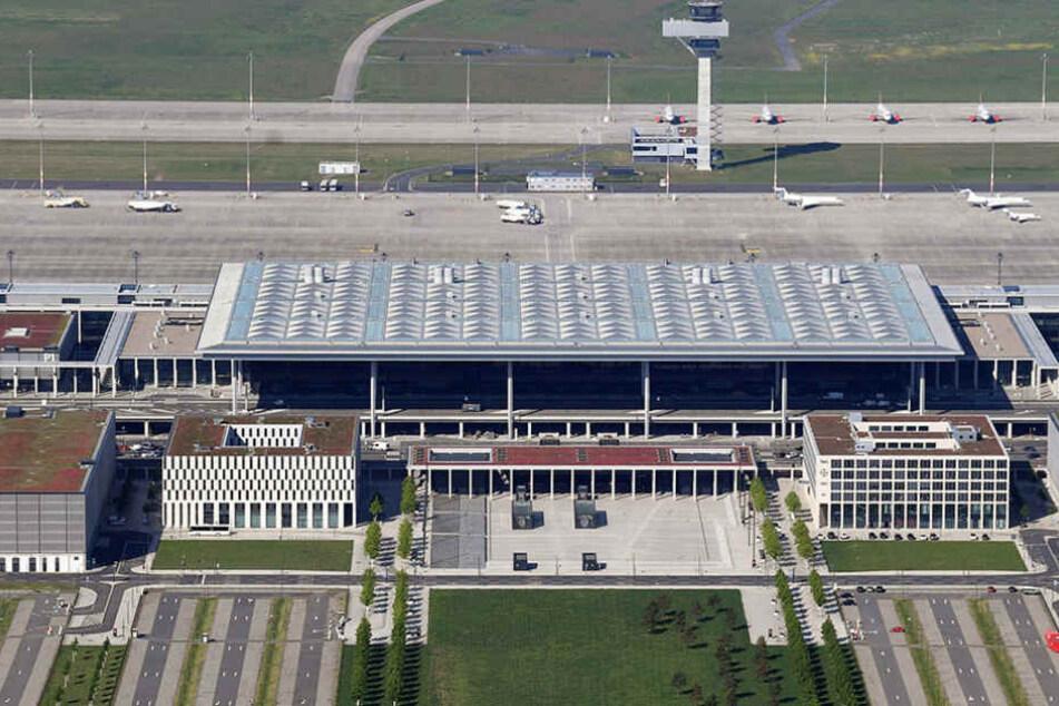Der Haupstadtflughafen BER wird bereits seit 2006 gebaut. Eine Eröffnung ist jedoch noch nicht in Sicht.