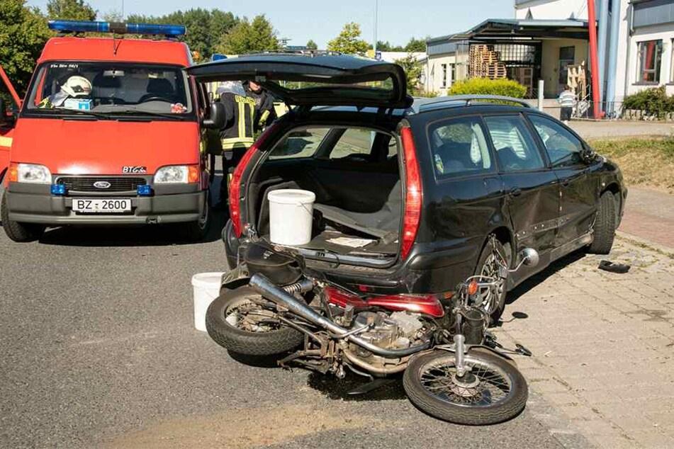 Der Citroën-Fahrer soll den Biker übersehen haben.