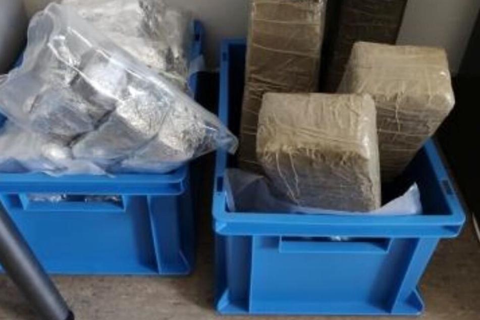Insgesamt 30 Kilogramm Haschisch wurden in dem Wagen gefunden.