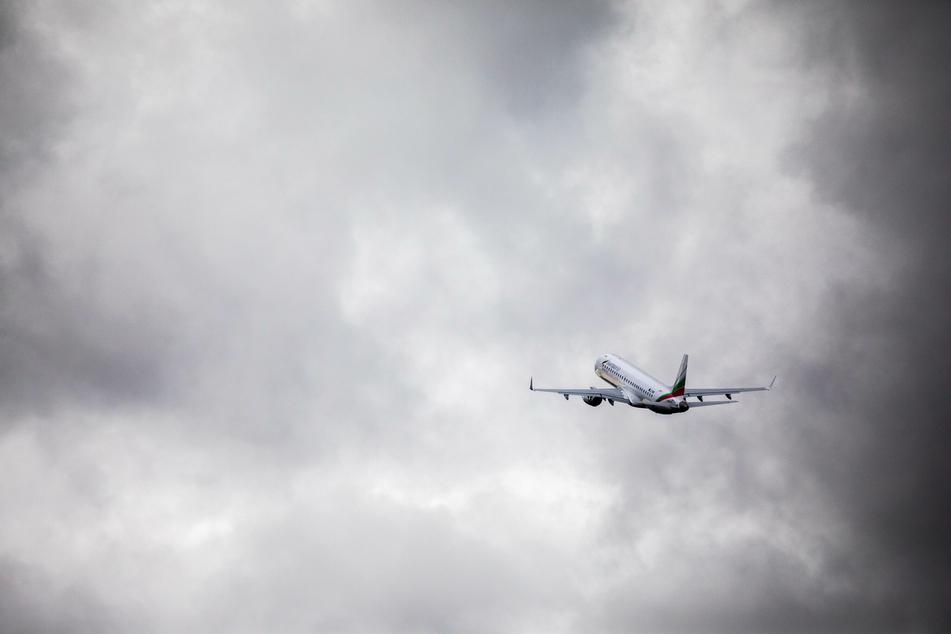 Weiterer Abschiebe-Flug in Afghanistan gelandet: Drei Männer aus NRW an Bord