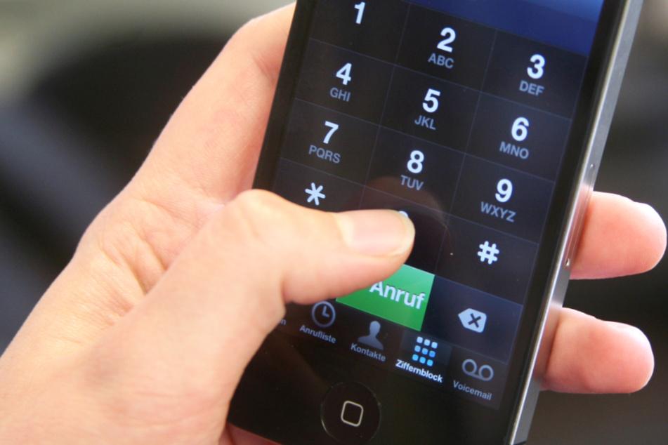 Notruf-Nummern bieten Hilfe in Notlagen unterschiedlichster Art (Symbolbild).