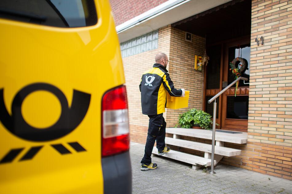 Die Deutsche Post will mehreren Tausend Angestellten die Möglichkeit geben, sich auf das Coronavirus testen zu lassen.