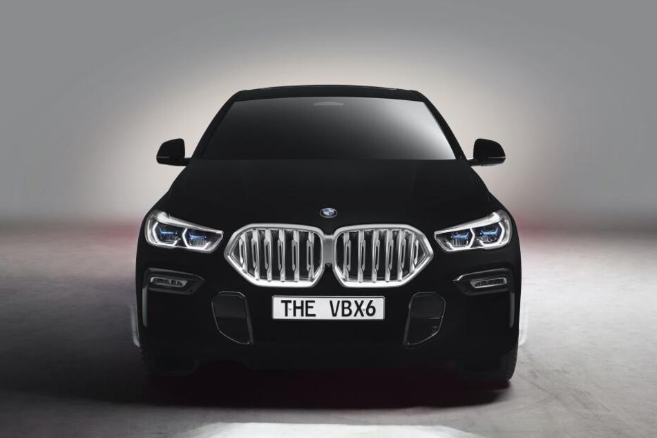 Der BMW X6 im speziellen schwarz wird als VBX6 vorgestellt.
