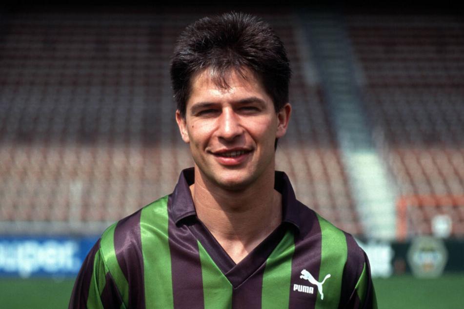 Hans-Jörg Criens erzielte in 303 Bundesliga-Spielen 94 Tore und legte 14 Treffer direkt auf.