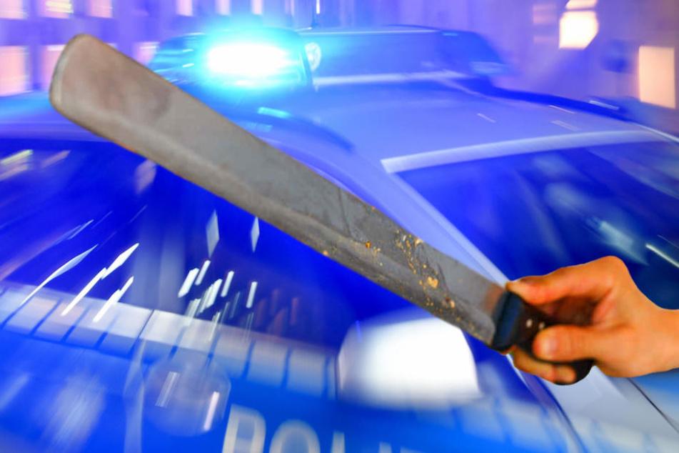 Mit einem im Imbiss geklauten Döner-Messer ging der Täter auf die beiden los und verletzte sie schwer. (Symbolbild)