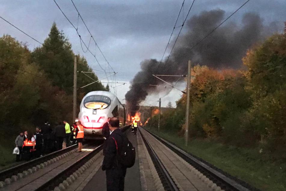 Zum Glück gab es bei dem heftigen Brand keine Verletzten.