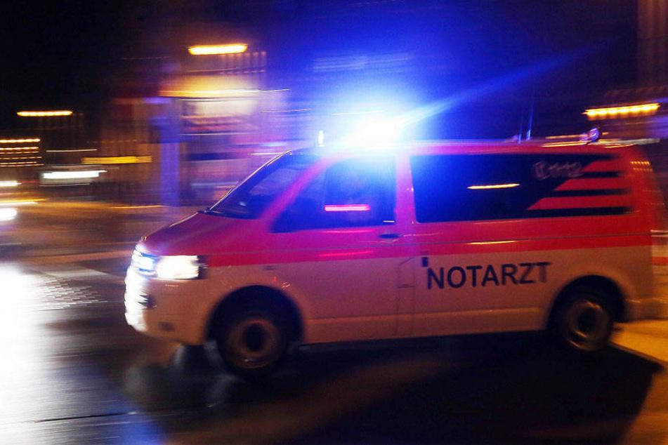 In Berlin-Wedding fuhr ein Notarztwagen ein neunjähriges Mädchen an. (Symbolbild)
