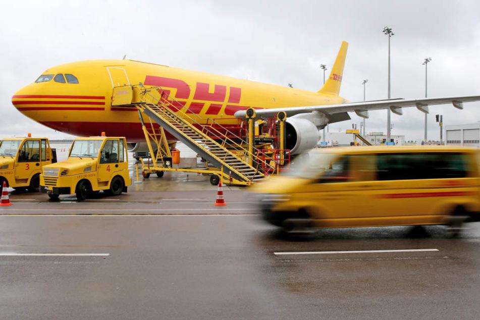 Am Luftfrachtdrehkreuz Leipzig/Halle sucht DHL nach 200 neuen Kollegen.