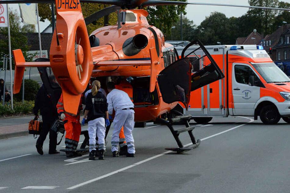 Radfahrer krachen in Kurve zusammen: 73-Jähriger verletzt